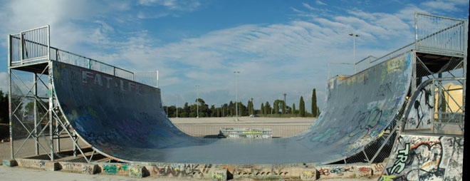 skateparks france skatepark de montpellier. Black Bedroom Furniture Sets. Home Design Ideas