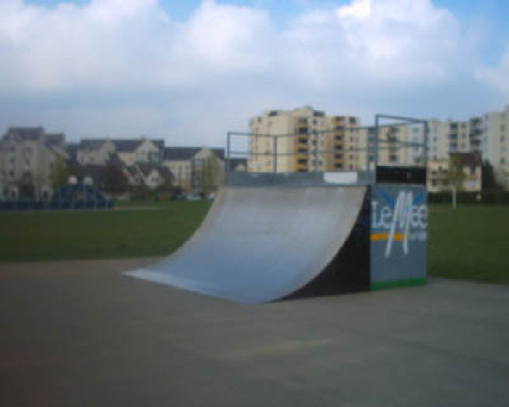 skateparks france skatepark de le mee sur seine. Black Bedroom Furniture Sets. Home Design Ideas