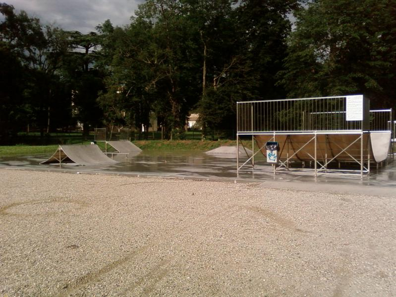 Skateparks france skatepark de villeneuve sur lot for Chambre de commerce villeneuve sur lot